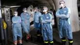 Pemerintah Prancis mengevakuasi pasien virus corona menggunakan kereta cepat.