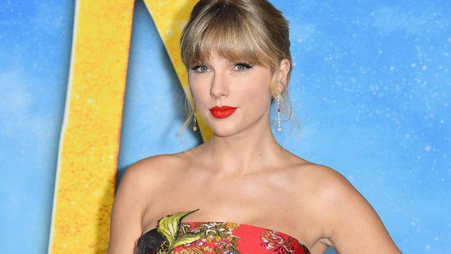 Sejumlah cara dilakukan Taylor Swift dan musisi Aaron Dessner untuk tetap merahasiakan album folklore dari dunia sebelum benar-benar akan dirilis.
