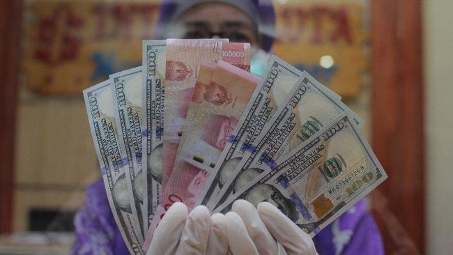 Rupiah menguat tipis 0,01 persen ke Rp14.843 per dolar AS pada Rabu (16/9) sore terangkat aksi tunggu pasar terhadap pengumuman The Fed.