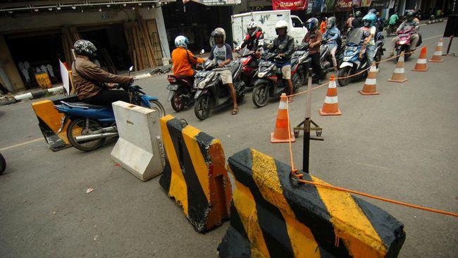 Pembatasan sosial berskala besar (PSBB) kemungkinan besar diterapkan secara serempak di Bogor, Depok, dan Bekasi, mulai Rabu (15/4) atau Kamis (16/4).