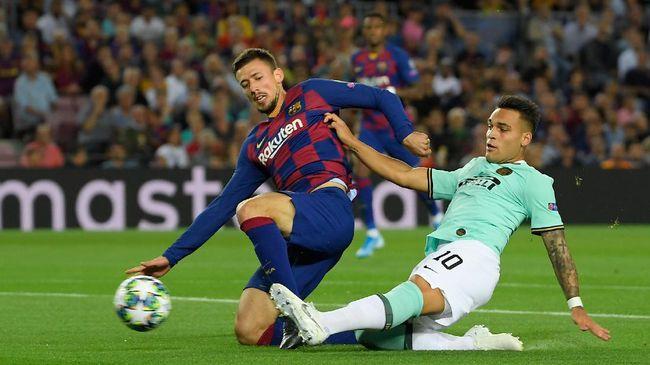 Mantan bek Barcelona Jeremy Mathieu membongkar bobroknya ruang ganti Blaugrana terhadap pemain yang melakukan blunder .