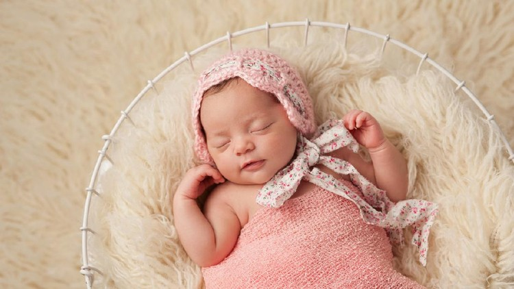 30 Nama Bayi Perempuan Bermakna Malam dari Berbagai Bahasa