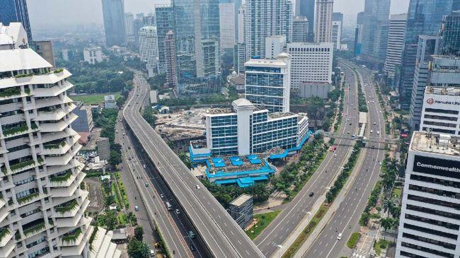 Moody's Investors Service memperkirakan pendapatan perusahaan di Indonesia akan turun hingga 50 persen pada 2020.