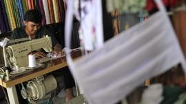 Kisah 5 Desainer di Balik Desain APD dan Masker Modis