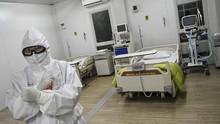 Dilema Ganda Dokter Residen di Ujung Tombak Corona
