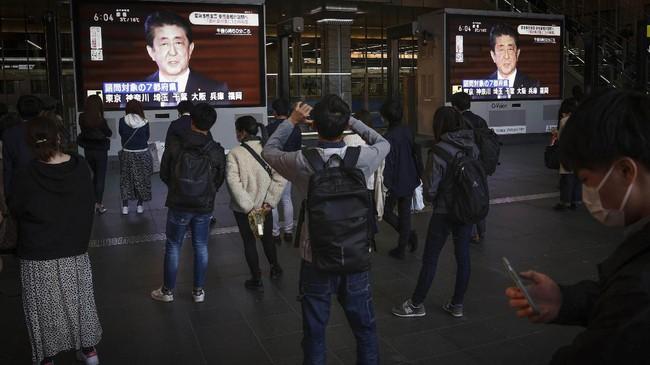Keputusan tersebut diambil setelah ada lonjakan kasus Covid-19 di Tokyo dan beberapa kota lain di Jepang.(Kyodo News via AP)