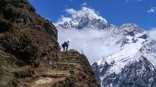 FOTO: Sunyi Sepi Everest Sang Gunung Tertinggi