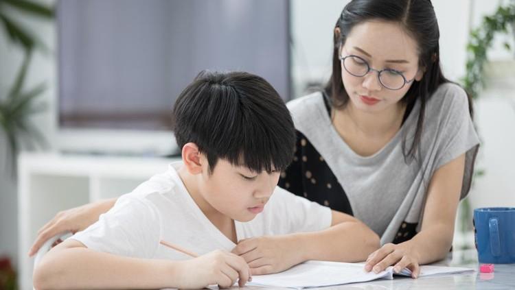 belajar dengan anak
