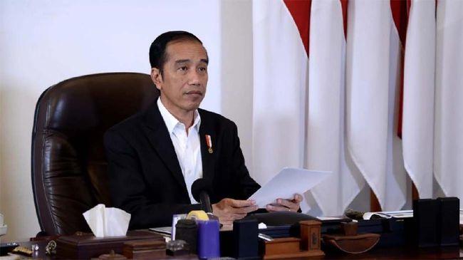 Presiden Jokowi resmi meneken Keppres Nomor 12 Tahun 2020 berisi penetapan wabah virus corona sebagai bencana nasional.