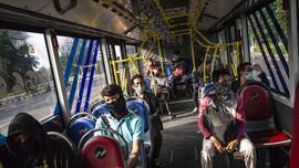 Protokol Kesehatan dalam Bus Transjakarta saat PSBB Transisi