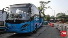 TransJakarta Ubah Rute Antisipasi Demo Omnibus Law Hari Ini