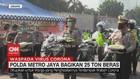 VIDEO: Polda Metro Jaya Bagikan 25 Ton Beras