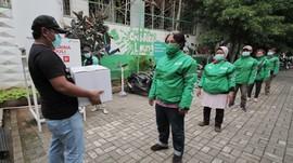 Gandeng Perusahaan Besar, Grab Beri Sembako untuk Mitra