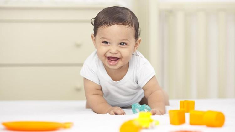 20 Nama Bayi Laki-laki dari Berbagai Bahasa Bermakna Pagi