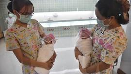 FOTO: Gemas Bayi dengan 'Tameng Anti-Corona' di Thailand