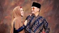 <p>Kita doakan semoga pernikahannya langgeng ya, Bunda. (Foto: Instagram @chintatanjung)</p>