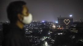 FOTO: Lampu Cinta dari Hotel untuk Petugas Medis Indonesia