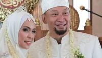 <p>Chef Haryo rupanya sudah menikah pada September 2019 lalu, dengan wanita bernama Sherly Milana Daud.</p>