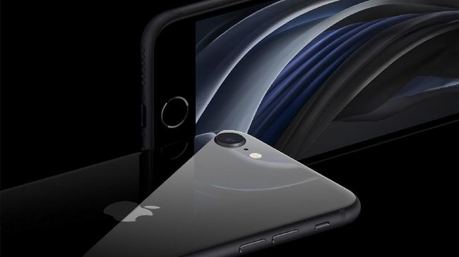 Apple meluncurkan iPhone SE generasi kedua yang ekonomis pada Kamis (15/4). Di Amerika Serikat, ponsel dibanderol dengan harga mulai dari US$300 atau sekitar Rp4,7 juta, setara dengan ponsel-ponsel Android dari China.