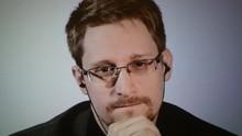 Snowden Dapat Izin Tinggal Permanen di Rusia