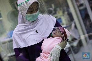 Bunda, Imunisasi Wajib Jalan Terus Meski Pandemi Ya..