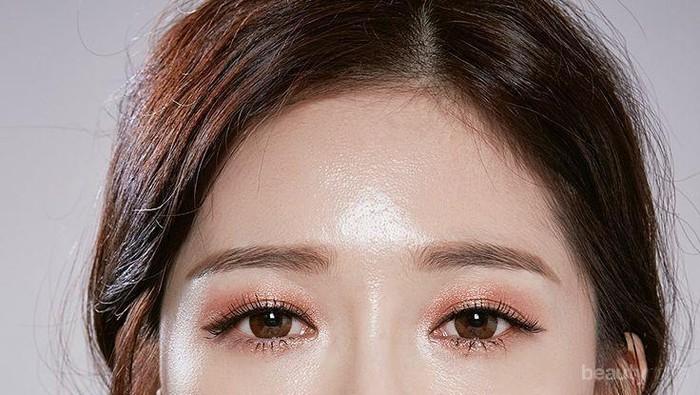 Panduan Pemula: Tips Membuat Bibir Ombre ala Korean Beauty