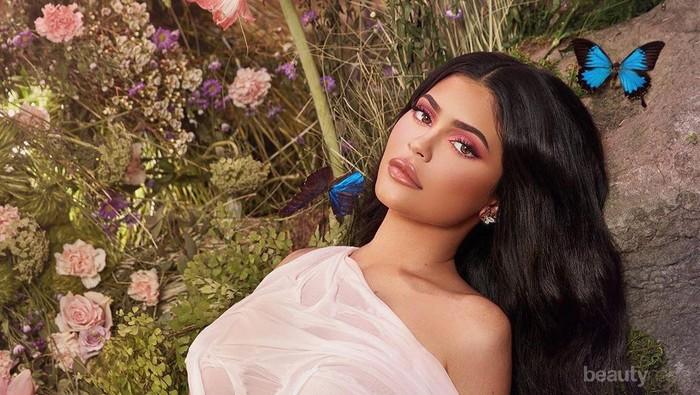 Kylie Jenner Sumbang Rp16 Miliar untuk Tenaga Medis Lawan COVID-19
