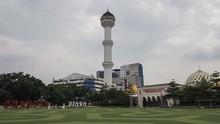 Masjid Raya Bandung Mulai Gelar Salat Zuhur Berjemaah Besok
