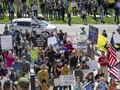 FOTO: Warga AS Demo Minta Lockdown Dicabut