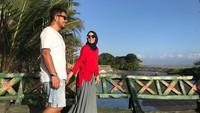 <p>Selama 9 tahun menikah, rumah tangga Dewi Sandra dan Agus sangat harmonis dan jauh dari gosip miring. (Foto: Instagram @dewisandra)</p>