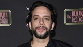 4 Bulan Positif Corona, Aktor Nick Cordero Meninggal Dunia