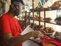 Hukum Buka Warung Makanan di Siang Hari pada Bulan Puasa
