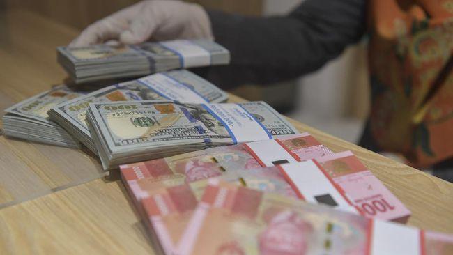Rupiah menguat 55 poin ke posisi Rp14.595 per dolar AS pada perdagangan Kamis (23/7). Rupiah paling perkasa di hadapan mata uang negara kawasan Asia.