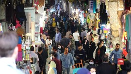 VIDEO: Iran Buka Kembali Pasar Abaikan Pandemi