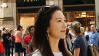 <p>Kini nama Kim Hee Ae semakin dikenal berkat perannya sebagai korban pelakor dalam drama Korea <em>The World of the Married</em>. (Foto: Instagram @heeae_official)</p>