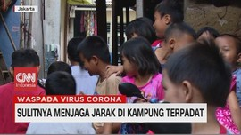 VIDEO: PSBB di Kampung Terpadat Indonesia