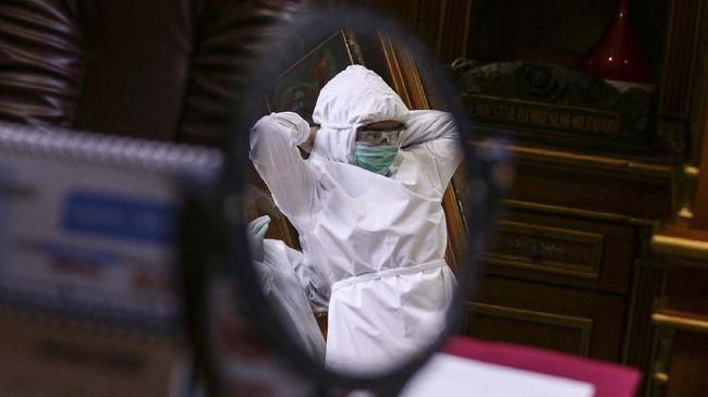 IDI mencatat 253 petugas medis yang telah wafat akibat infeksi Covid-19 terbanyak dari kalangan dokter, kemudian perawat.