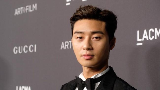 Park Seo-joon dan Park Bo-young Bersiap Syuting Film Baru