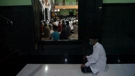 PBNU Bolehkan Salat Tarawih di Masjid Asal Taat Prokes