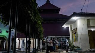 Daftar Live Streaming Tarawih Kala Tak Bisa Salat di Masjid