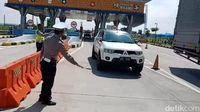 Hari I Larangan Mudik: 1.181 Mobil Pribadi dan 508 Bus Dipaksa Putar Balik