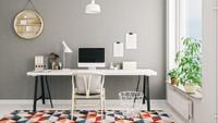 Rumah minimalis biasanya menggunakan warna netral seperti abu-abu. Dengan meja berwarna putih dan berada di dekat jendela, ruang kerja ini terlihat menarik. (Foto: iStock)