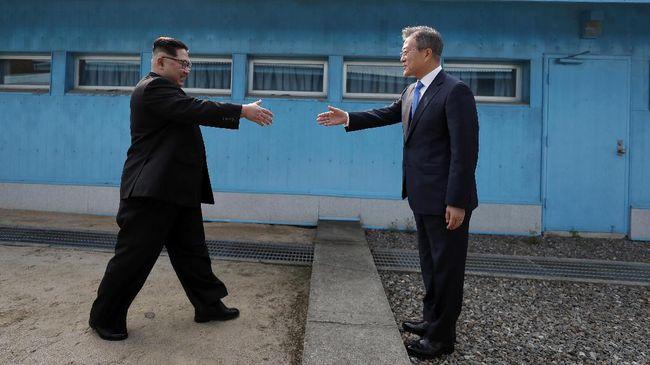Presiden Korsel Moon Jae-in meminta maaf dan mengakui gagal melindungi warga setelah kejadian pejabat sipil ditembak oleh militer Korut.