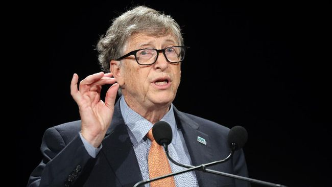 Microsoft founder, Co-Chairman of the Bill & Melinda Gates Foundation, Bill Gates delivers a speech during the conference of Global Fund to Fight HIV, Tuberculosis and Malaria on october 10, 2019, in Lyon, central eastern France. - The Global Fund to Fight AIDS, Tuberculosis and Malaria opened a drive to raise $14 billion to fight a global epidemics but face an uphill battle in the face of donor fatigue. (Photo by Ludovic MARIN / AFP)
