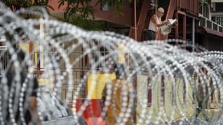 Kasus Covid RI Buat Malaysia Heran, Kemenkes Banggakan PPKM