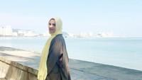 <p>Nahla Shihab menjadi salah satu anak perempuan Quraish Shihab yang mencuri perhatian. Nahla yang merupakan anak kelima berprofesi sebagai dokter lho, Bunda. (Foto: Instagram @nahlashihab)</p>
