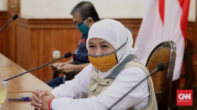 Gubernur Jawa Timur Khofifah Indar Parawansa mengklaim angka PHK pekerja di Jatim akibat virus corona rendah karena sinergi dunia usaha dan pekerja.