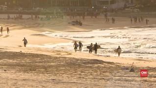 VIDEO: Sukacita Surfer Terbebas Isolasi di Pantai Bondi