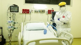 Trans Retail dan Transmedia Donasi APD untuk Lawan Pandemi