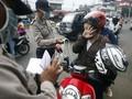 Gelar Razia, Polisi Tahan KTP Warga Medan Tak Pakai Masker